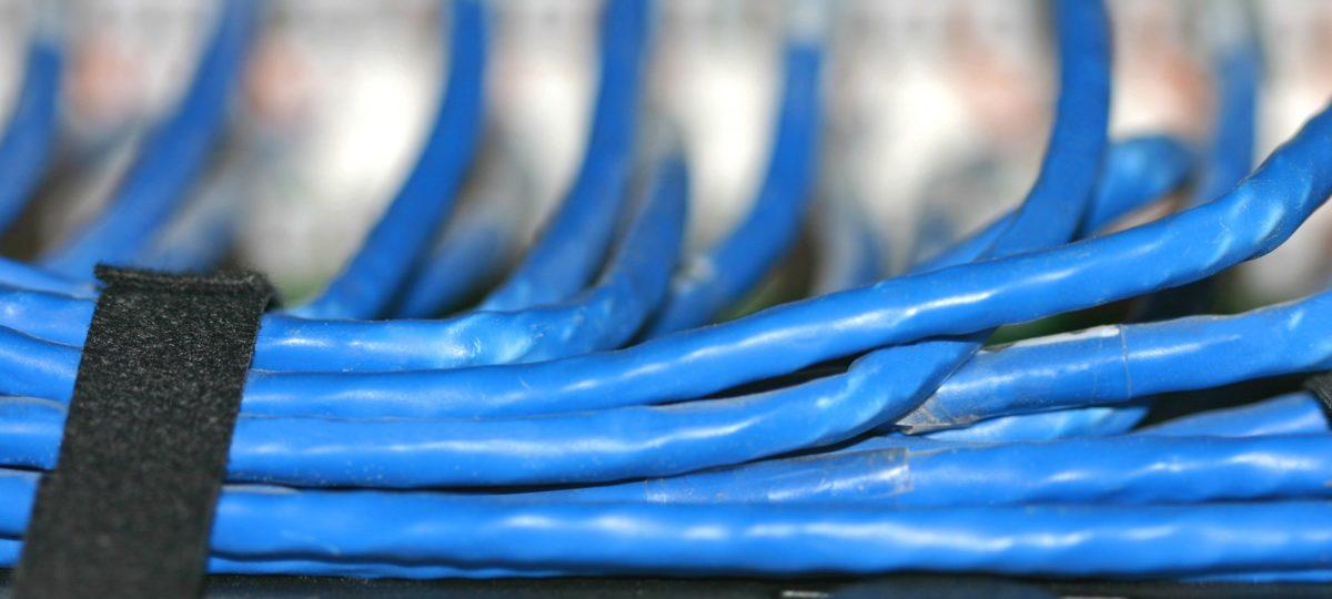 Ukryj kable